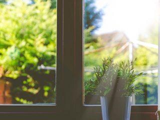 カビ取り方法窓枠・カーテン予防対策やり方6つの手順